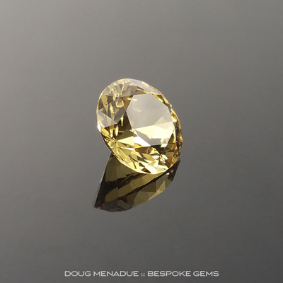 Yellow Sapphire, Round Brilliant, Rubyvale, Central Queensland, Australia, 1.16 Carats, 6.4x6.4mm, #102746, A magnificent natural Yellow Sapphire from the Australian sapphire gemfields. Doug Menadue :: Bespoke Gems