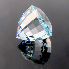 Natural Blue Topaz, Acorn, O'Briens Creek, Mt Surprise, Australia, #120 - Doug Menadue :: Bespoke Gems - Master gemcutter and lapidary artist specialising in fine custom cut precision gems from a wide range of select facet gem rough. Located in Sydney, Australia.