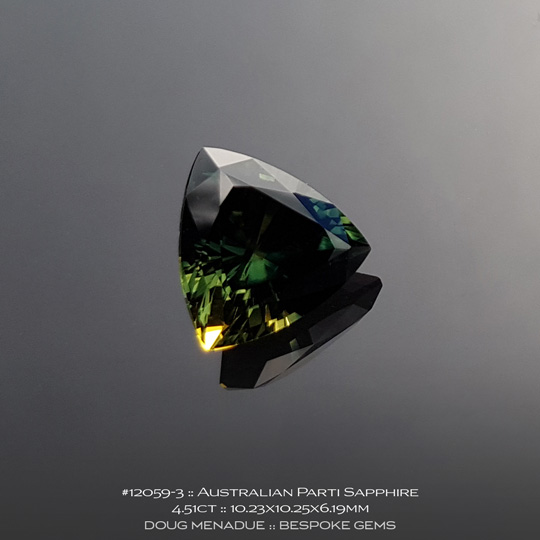12059-3, Australian Sapphire, Trillion, 4.51 Carats, 10.23X10.25X6.19mm, Parti Colour - Yellow Green Teal - A beautiful natural Australian Sapphire from the gemfields around Rubyvale, Central Queensland, Australia - Doug Menadue :: Bespoke Gems :: WWW.BESPOKE-GEMS.COM - Finest Quality Precision Custom Gemcutting and Lapidary Services Based In Sydney Australia