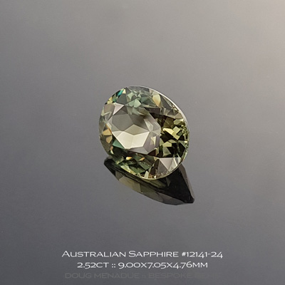 12141-24, Australian Sapphire, Oval, 2.52 Carats, 9.00x7.05x4.76mm, Golden Olive - A beautiful natural Australian Sapphire from the gemfields around Rubyvale, Central Queensland, Australia - Doug Menadue :: Bespoke Gems :: WWW.BESPOKE-GEMS.COM - Finest Quality Precision Custom Gemcutting and Lapidary Services Based In Sydney Australia