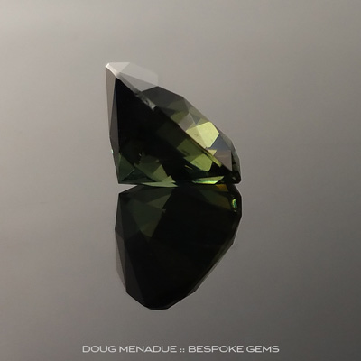 Green Sapphire, Rectangle Cushion, Rubyvale, Central Queensland, Australia, 3.60 Carats, 9.6x8.45x5.72mm, #2034312, A beautiful natural Green Sapphire from the Australian sapphire gemfields. Doug Menadue :: Bespoke Gems