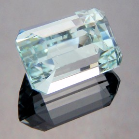 Aquamarine, Emerald Cut, #210 - Doug Menadue :: Bespoke Gems - Master gemcutter and lapidary artist specialising in fine custom cut precision gems from a wide range of select facet gem rough. Located in Sydney, Australia.