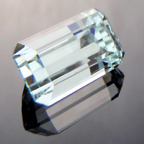 Aquamarine, Emerald Cut, #212 - Doug Menadue :: Bespoke Gems - Master gemcutter and lapidary artist specialising in fine custom cut precision gems from a wide range of select facet gem rough. Located in Sydney, Australia.