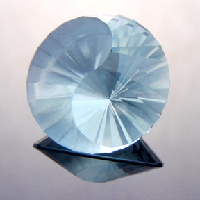 Natural Blue Topaz, Yin-Yang, Brazil, #234 - Doug Menadue :: Bespoke Gems - Master gemcutter and lapidary artist specialising in fine custom cut precision gems from a wide range of select facet gem rough. Located in Sydney, Australia.
