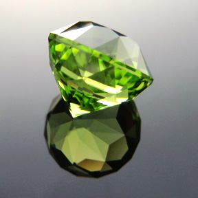 Pakistani Peridot, Antique Round 1910, #320 - Doug Menadue :: Bespoke Gems - Master gemcutter and lapidary artist specialising in fine custom cut precision gems from a wide range of select facet gem rough. Located in Sydney, Australia.