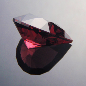Rhodolite Garnet, Brilliant Pear, #472 - Doug Menadue :: Bespoke Gems - Master gemcutter and lapidary artist specialising in fine custom cut precision gems from a wide range of select facet gem rough. Located in Sydney, Australia.