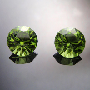 Peridot, Mini Mint, Pakistan, #512 - Doug Menadue :: Bespoke Gems - Master gemcutter and lapidary artist specialising in fine custom cut precision gems from a wide range of select facet gem rough. Located in Sydney, Australia.