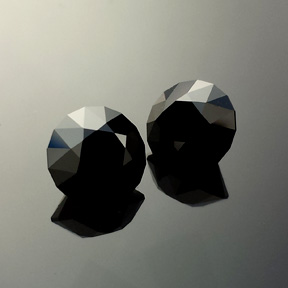 Black Spinel, Rubyvale, Australia, Round Brilliant, #567 - Doug Menadue :: Bespoke Gems - Master gemcutter and lapidary artist specialising in fine custom cut precision gems from a wide range of select facet gem rough. Located in Sydney, Australia.
