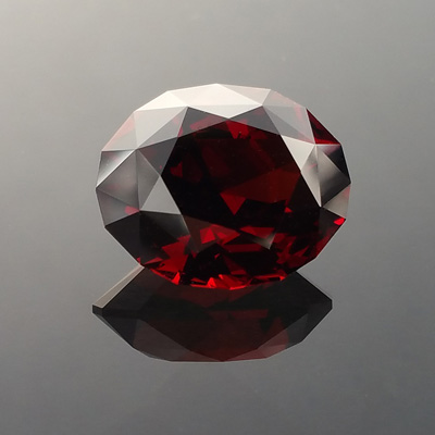Red Garnet, Supernova Oval, Malawi, #884