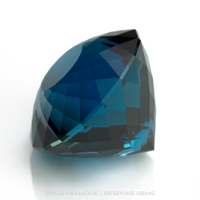 A beautiful large London Blue Topaz with an incedible blue teal colour, Precision hand faceted by Doug Menadue :: Bespoke Gems