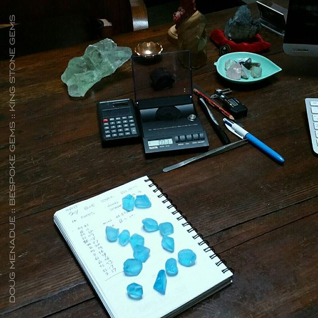 Looking at some early morning sky blue topaz rough. All beautiful stones and will cut some amazing gems. Topaz is one of my personal favorites and I'm a big admirer of it. It always looks good, fantastic colors and you can cut big gems.  WWW.BESPOKE-GEMS.COM  WWW.KINGSTONEGEMS.COM - Precision Gemcutting and Lapidary Services Located In Sydney Australia
