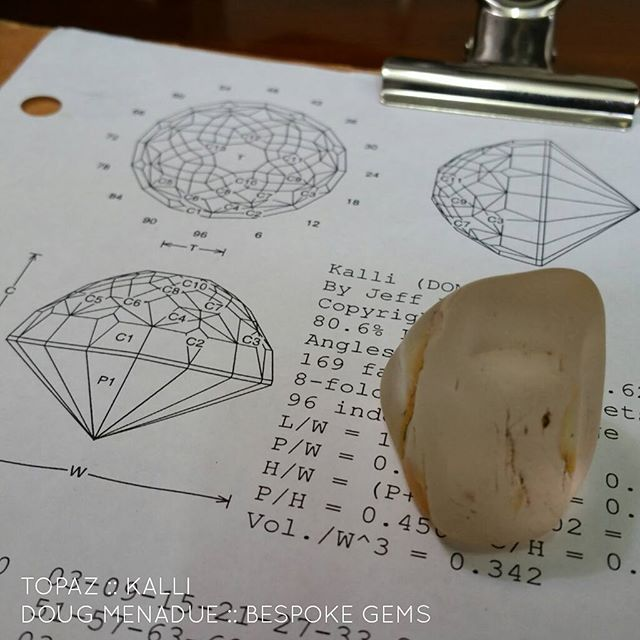 Next mission... ''match the hatch''. I've got to take that big chunk of citrine and cut a gem to match the oval next to it. That oval has some big flaws in it and the client wants to replace it with a new stone. Had to create a new design especially for the job. Let's see how close I can get.  DOUG MENADUE  WWW.BESPOKE-GEMS.COM  SYDNEY CBD AUSTRALIA - Precision Gemcutting and Lapidary Services Located In Sydney Australia